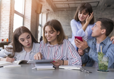 4 reasons to complete high school